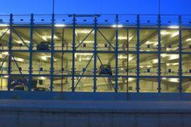 Klebl-Referenz-Parkhaus-am-Bahnhof-Donauwoerth-2.jpg