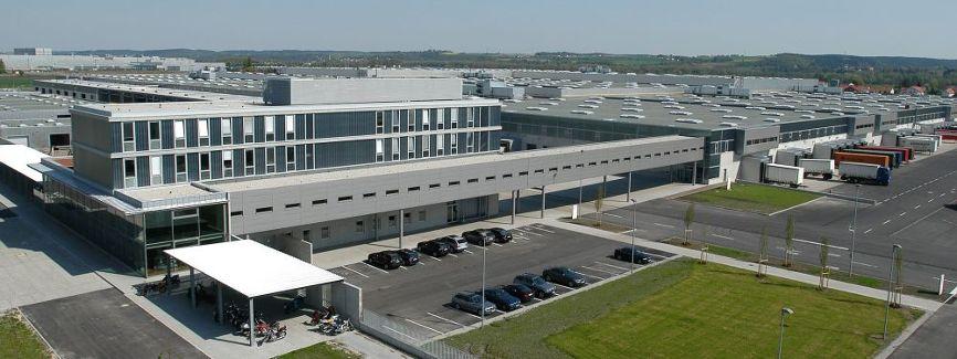 Klebl-Referenz-BMW-Dynamikzentrum-Dingolfing-K-1.jpg